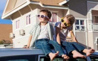 Можно ли выписать ребенка из квартиры в никуда, если он не собственник?