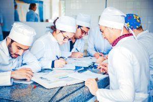 На что влияет непрерывный трудовой стаж и кому он необходим?