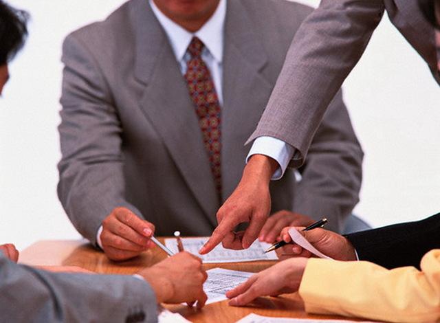 Куда обращаться и что делать в случае невыплаты зарплаты в срок?