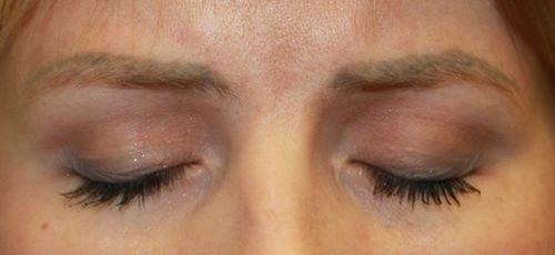Что делать, если плохо сделали перманентный макияж бровей?