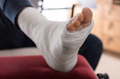 Травма на производстве: что делать работнику?