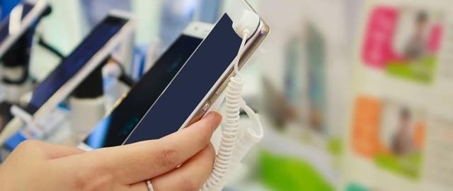 Можно ли сдать телефон обратно в магазин, если не понравился?