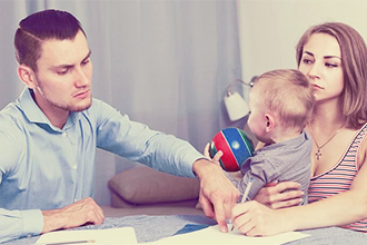 Какие права на ребенка имеет отец после развода (2020 год)?