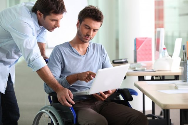 Выходное пособие при увольнении по инвалидности