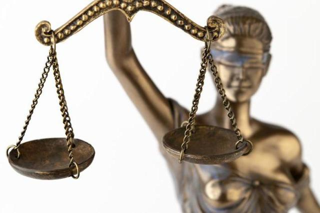 В какой суд обращаться по трудовым спорам в РФ?