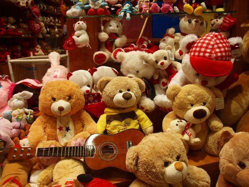 Подлежат ли возврату детские игрушки по закону в РФ?