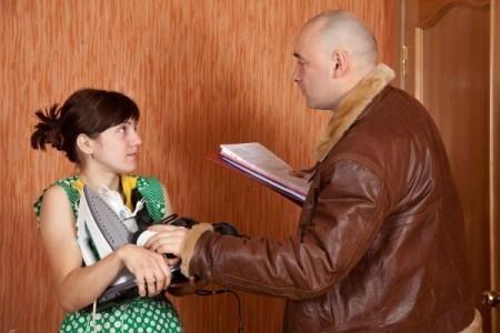 Куда жаловаться на коллекторов: образец жалобы в Прокуратуру и Роскомнадзор