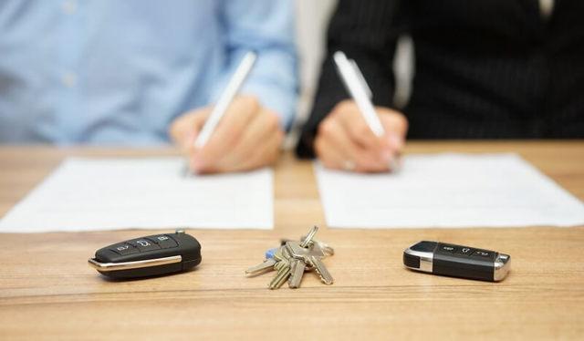 Кто платит госпошлину при разводе и какова сумма оплаты?
