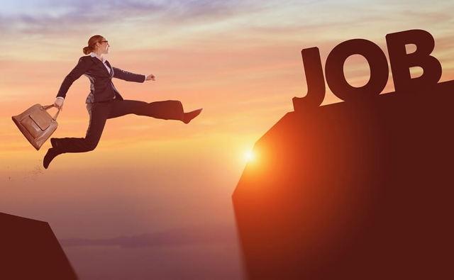 Приказ о переносе отпуска и его оформление работодателем