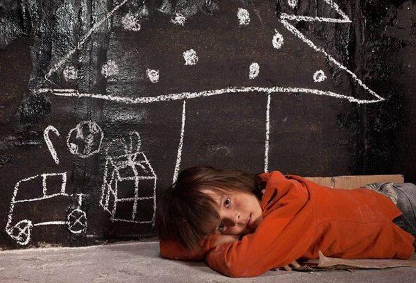 Пенсия сиротам в 2020 году: до скольки лет платят, размер