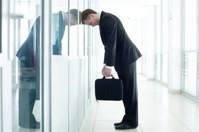 Кто в первую очередь попадает под сокращение и кого нельзя уволить?