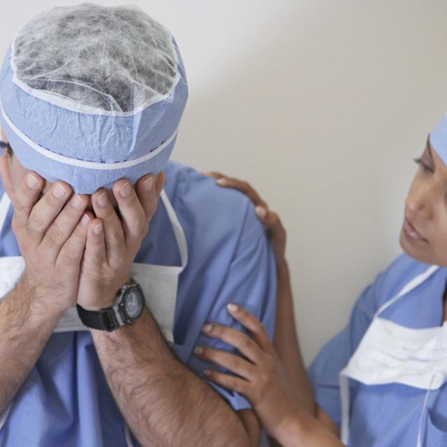 Халатность врачей повлекла смерть пациента: что делать и куда писать заявление?
