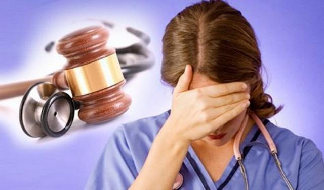 Какие существуют уважительные причины для отказа врача от лечения пациента?