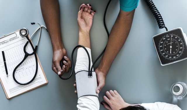 Как вернуть 13 процентов за лечение в платной клинике?