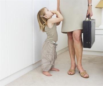 Как происходит увольнение до достижения ребенком 14 лет?