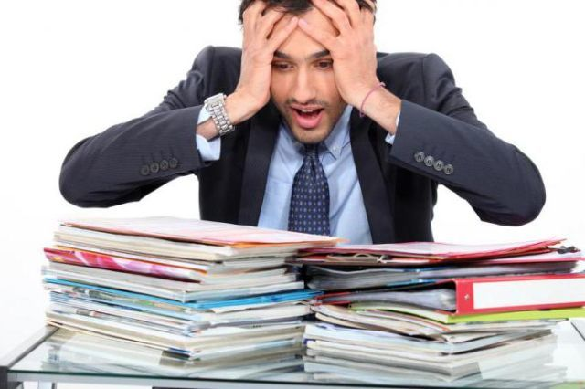 Что делать, если работодатель потерял трудовую книжку работника?