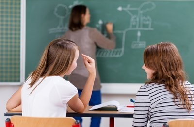 Оскорбление несовершеннолетнего ребенка родителями, учителем, взрослым: статья, ответственность