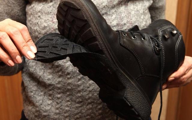 Как вернуть обувь в магазин, если срок гарантии закончился?