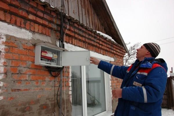 Как подключить электричество в СНТ индивидуально?