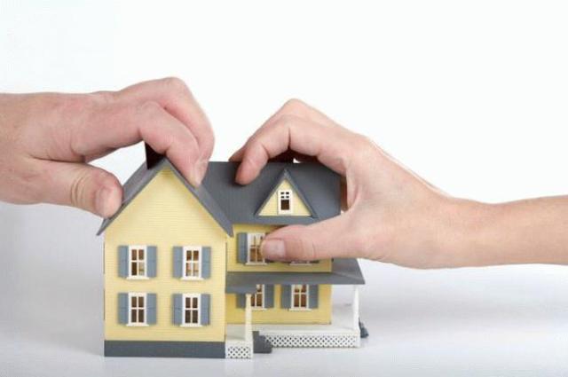 Что будет при разводе, если квартира куплена в браке, но оформлена на жену?