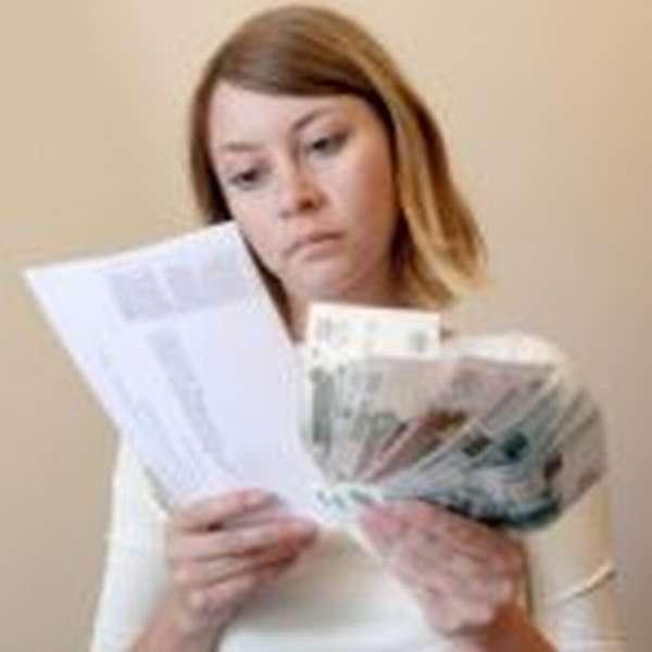 Кто должен оплачивать коммунальные услуги - собственник или прописанный?