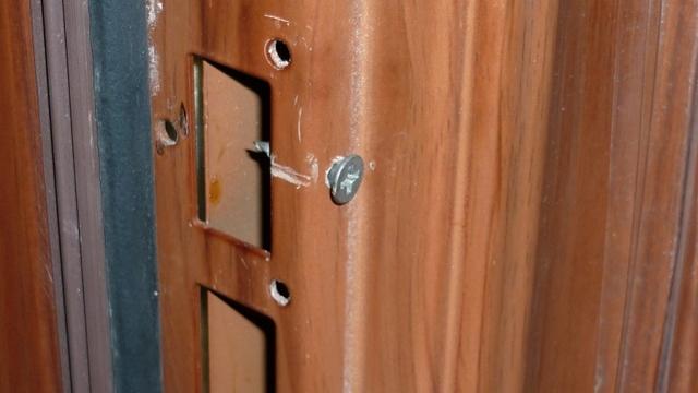 Некачественная установка дверей по договору оказания услуг
