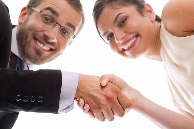 Муж взял кредит без согласия жены: должна ли женщина платить?