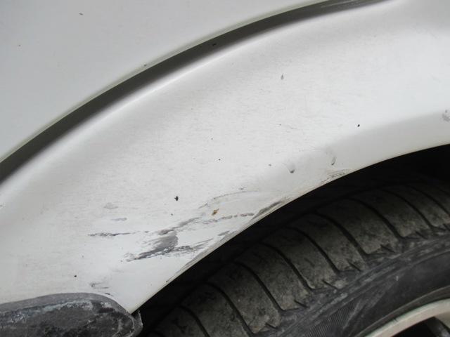 Что делать, если машину ударили во дворе и скрылись?