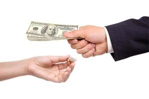 Обмен и возврат ювелирных изделий по закону, сроки возврата