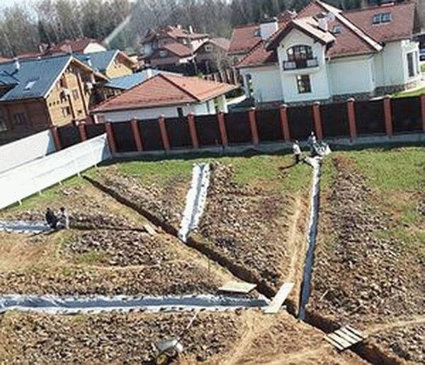 Судебная практика по спорам, когда сосед не отступил 1 метр от границы участка