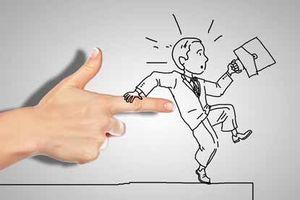 Может ли собственник выписать прописанного человека без его согласия?