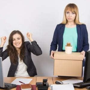 Могут ли уволить беременную женщину с работы?