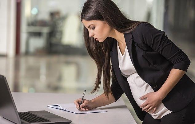 Если работаешь на декретном месте, можно ли уйти в декрет?