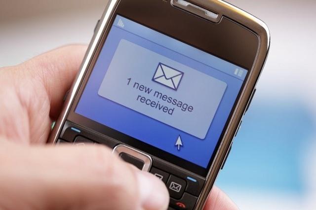 Сколько звонков в день может делать должнику банк: как часто звонить и говорить про задолженность по закону, в какое время, когда?