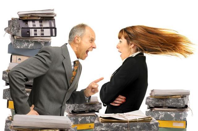 Работодатель не подписывает заявление на увольнение