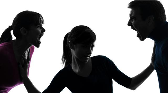 Жена подала на развод: какие должны быть действия мужа, если есть ребенок?