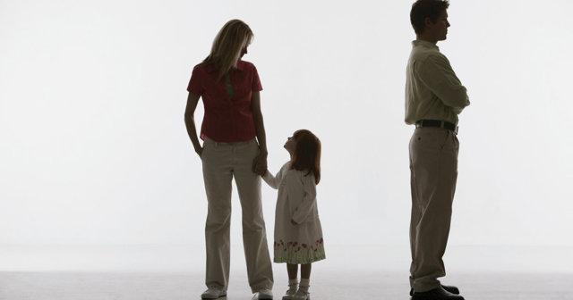 Алименты при лишении родительских прав: нужно ли выплачивать?