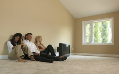 Может ли собственник квартиры выписать прописанного родственника?