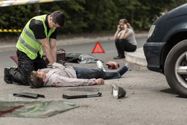Наезд на пешехода: статья 12.24 КоАП РФ: ответственность водителя