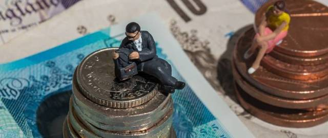 Что делать, если работодатель не выплачивает зарплату и нет договора?