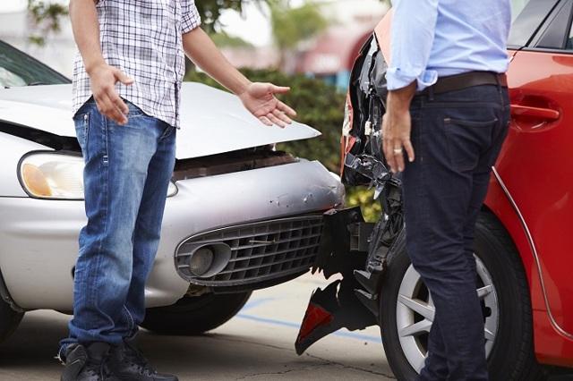 Попал в аварию без страховки, я не виноват, что делать?