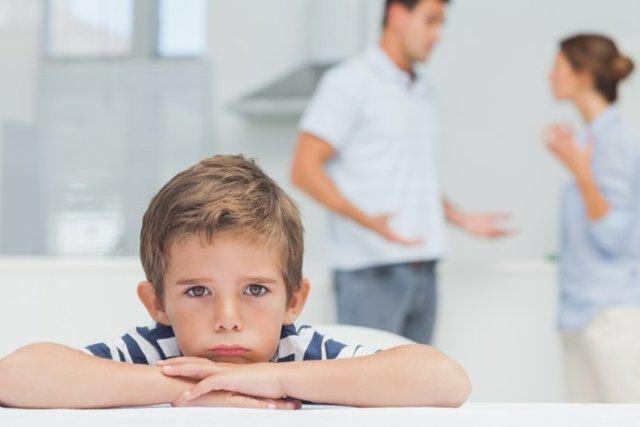 Алименты на ребенка вне брака: как взыскиваются?