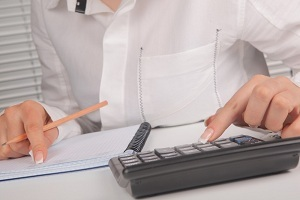 Как удерживается при увольнении предоставленный авансом отпуск?