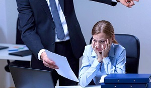 Как оформить и подать жалобу на невыплату зарплаты в Прокуратуру?